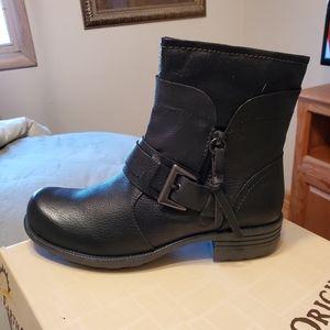 Earth Origins Boots